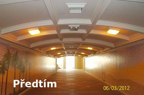 LED_osvetleni_chodby_predtim.jpg